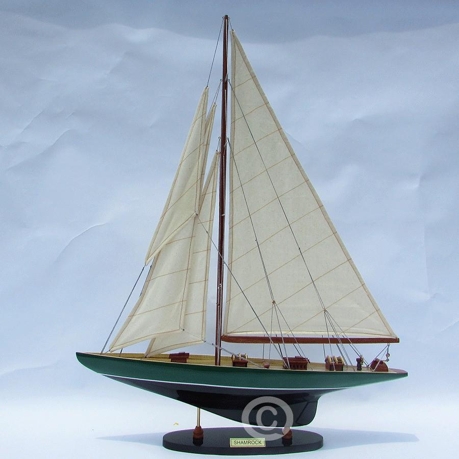 Thuyền buồm SHAMROCK PAINTED GREEN/ BLACK