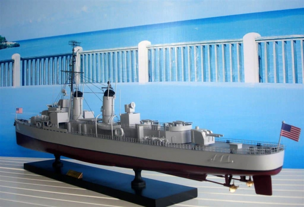 MÔ HÌNH THUYỀN CHIẾN USS HARRY E.HUBBARD