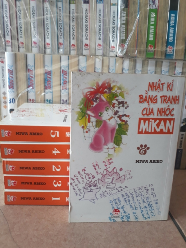 Truyện Nhật ký bằng tranh của nhóc Mikan đủ bộ