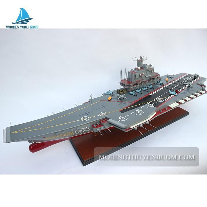 Thuyền chiến Admiral Kuznetsov