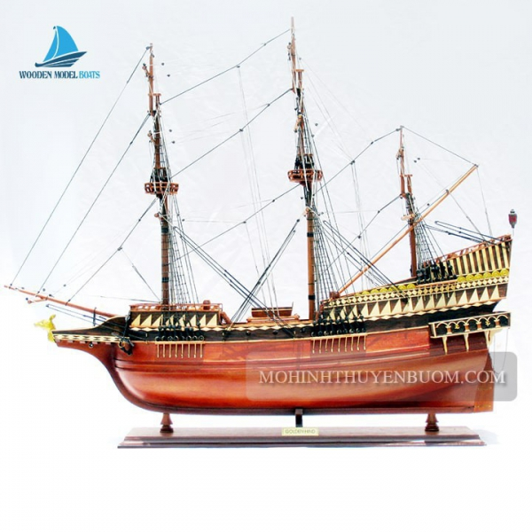 Golden Hind Min