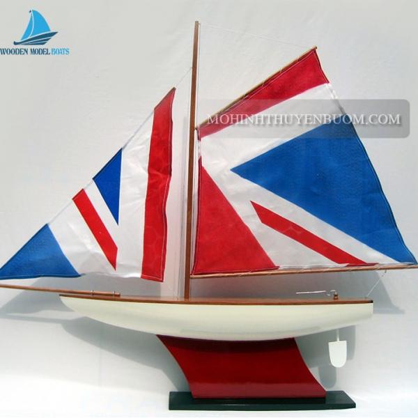 Pond Yacht Min