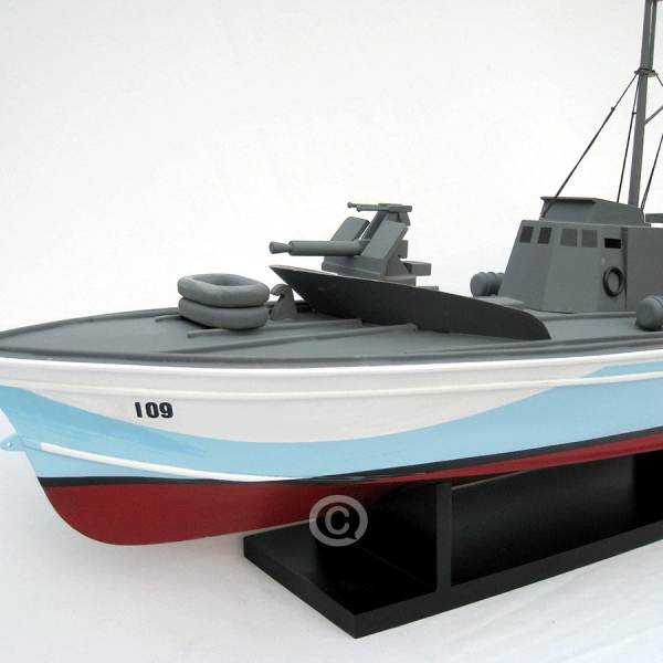 MÔ HÌnh ThuyỀn ChiẾn Torpedo 2