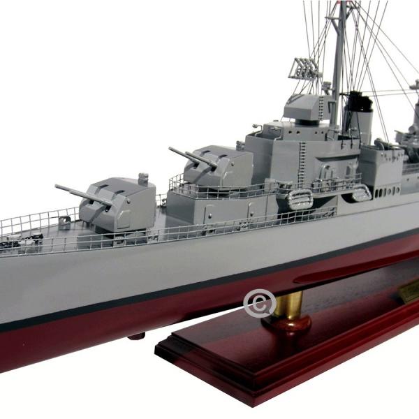 MÔ HÌnh ThuyỀn ChiẾn Uss Gearing Class Destroyer 4