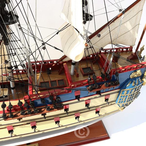 Mô Hình Thuyền Cổ La Licorn 70 5