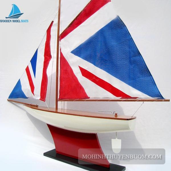Pond Yacht 3 Min