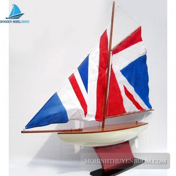 Pond Yacht 4 Min