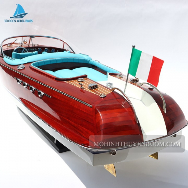 Super Riva Aquarama Blue 5 Min